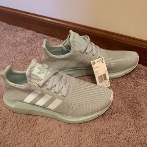 Adidas swift runs- women's